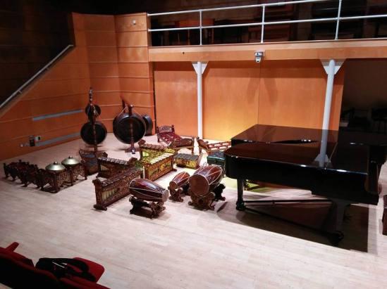 gamelan naga mas instruments.jpg